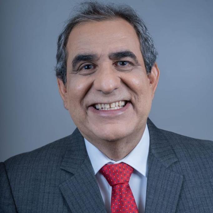 Foto do perfil de CEZAR BRITTO